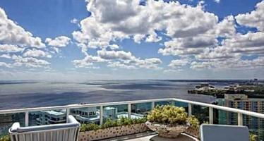 Le duplex de Pharrell Williams à Miami en vente pour 10,9M$