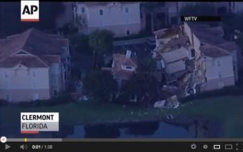 Une résidence s'effondre dans un trou près d'Orlando