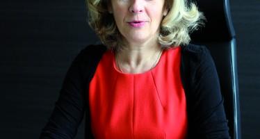 """HÉLÈNE CONWAY-MOURET : """"Il n'y a pas d'exode ; mais des Français qui reviendont riches de leurs expériences"""""""