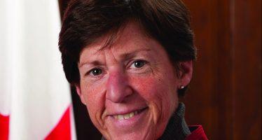Mot d'accueil de la consule du Canada, Louise Léger, aux nouveaux arrivants
