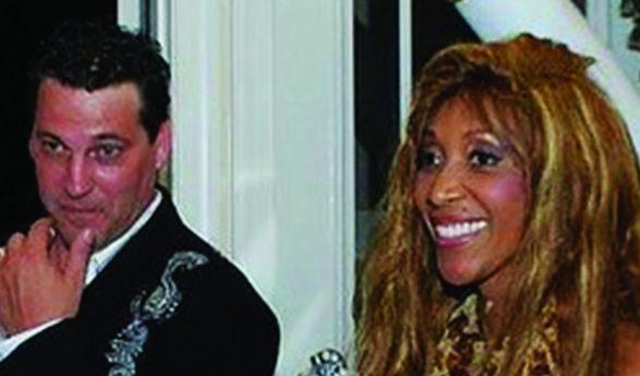 Le Dr Frasch condamné pour le meurtre de sa femme, la chanteuse française Samira Frasch