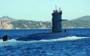 Un sous-marin français coule un porte-avion USS américain !