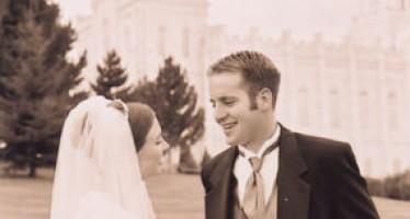 Mariage aux USA : Bleu, Blanc et Rouge, ou Tout Simplement Blanc ?