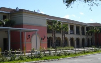 Déshomologations de deux écoles à Miami : réactions et précisions