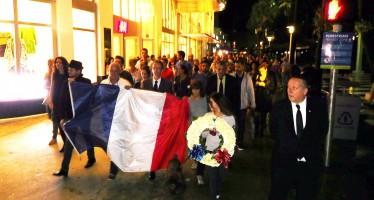 Attentats de Paris : près d'un millier de personnes manifestent à Miami