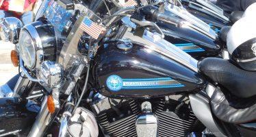 Accident de moto en Floride : poursuite judiciaire au Québec entre Snowbirds