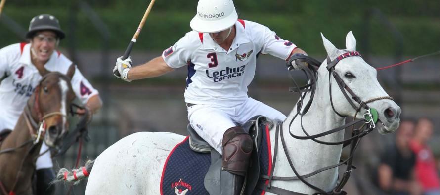 La saison de polo bat son plein à Wellington