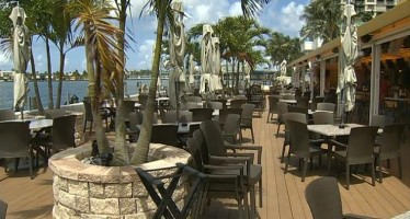 Jesta Group (Montréal) rachète Shuckers Bar & Grill à Miami Beach