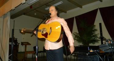 Raphael Torr présentait son Hommage à Joe Dassin au Club Canadien Français de Lake Worth