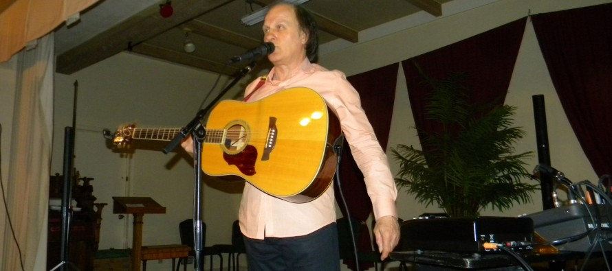 Raphael Torr présentait son Hommage à Joe Dassin au Club Canadien Français de Lake Worth
