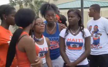 Floride : Des étudiants renvoyés à la maison à cause d'un t-shirt haïtien