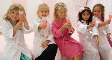 Anniversaire de son enfant aux Etats-Unis : Faut-il inviter toute la classe ?