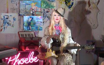 Phoebe Legere vient chanter à Delray Beach