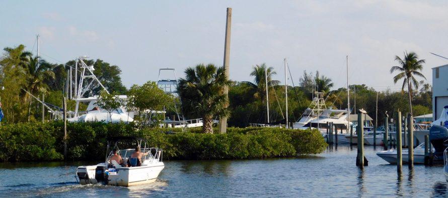 Port Salerno et sa charmante baie (près de Stuart en Floride)