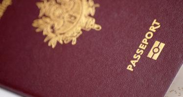 Les passeports des expatriés français désormais envoyés par la poste