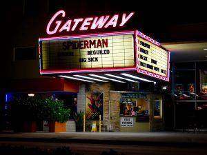 Le Gateway Theater de Fort Lauderdale de nuit