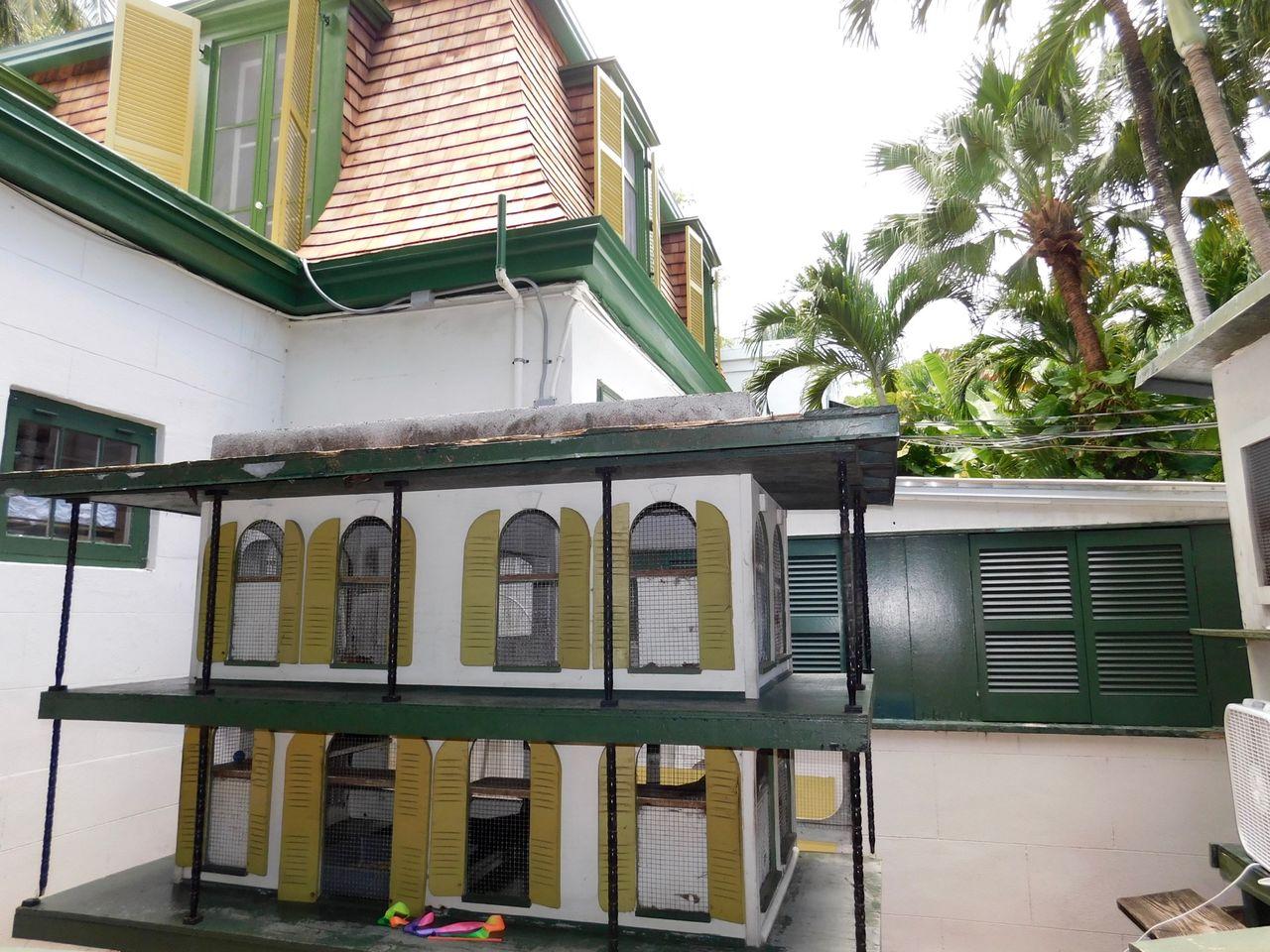 Hemingway House Key West 4874 Le Courrier De Floride