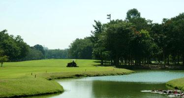 Bons plans pour jouer moins cher au golf en Floride : les aubaines pour accéder aux terrains à rabais !