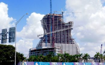 L'hôtel-guitare prend forme au Hard Rock Casino de Hollywood en Floride