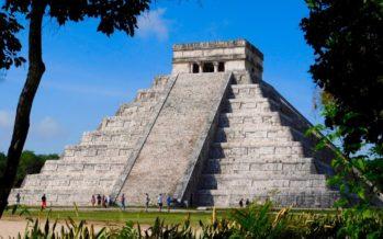 Chichén Itzá, la magnifique pyramide du Yucatán (Mexique)