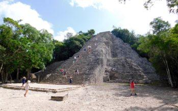 Cobá : la fascinante ville maya et sa grande pyramide perçant la jungle mexicaine