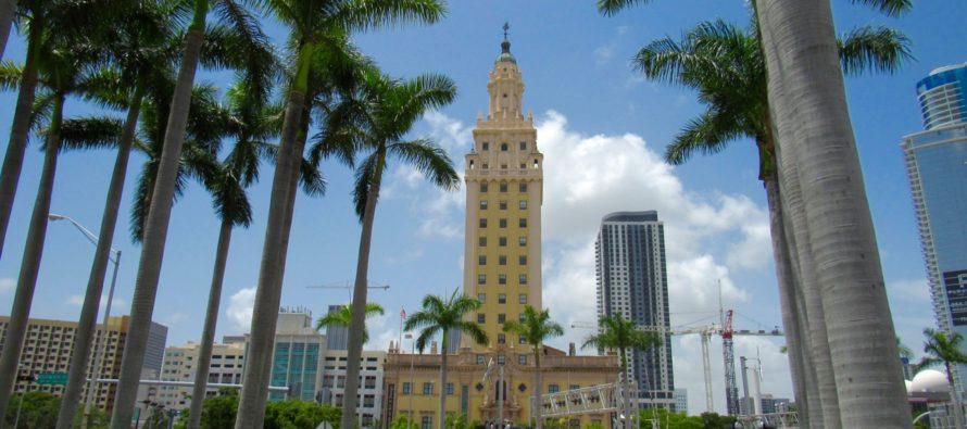 Freedom Tower de Miami : un grand symbole de liberté dans la ville